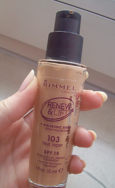 Rimmel Renew & Lift tekući puder