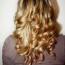 Kovrčanje kose peglom
