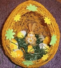 Veliko Uskrsno jaje od konca
