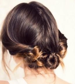 Pet jednostavnih romantičnih frizura