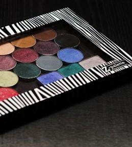 Organizacija kozmetike – Z-palette