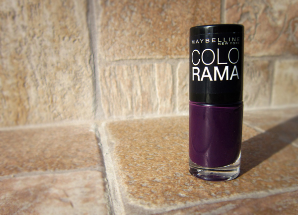 Maybelline Colorama 104