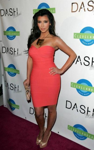 Kim-Kardashian-In-Herve-Leger-Pink-Strapless-Dress