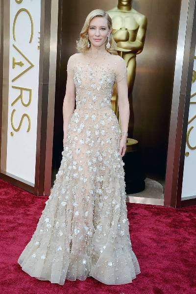 elle-2014-oscars-red-carpet-looks-cate-blanchett-v-xln