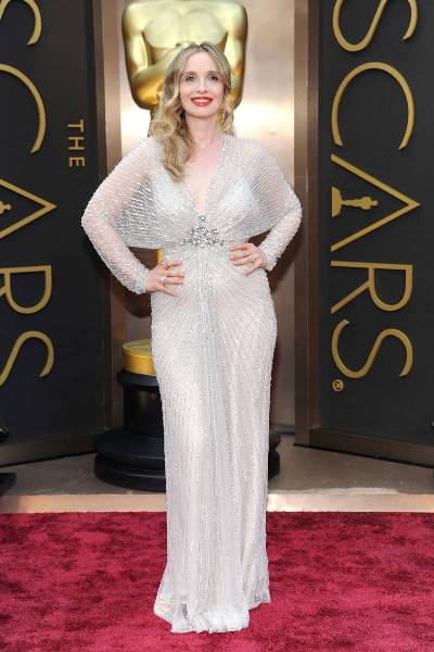elle-2014-oscars-red-carpet-looks-julie-delpy-v-xln