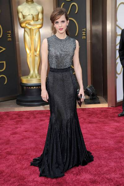 elle-oscars-2014-red-carpet-looks-emma-watson-v-xln