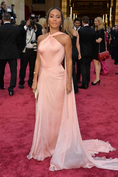 elle-oscars-2014-red-carpet-looks-jada-pinkett-smith-v-xln