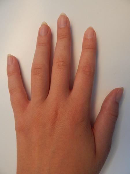 Nails (1)