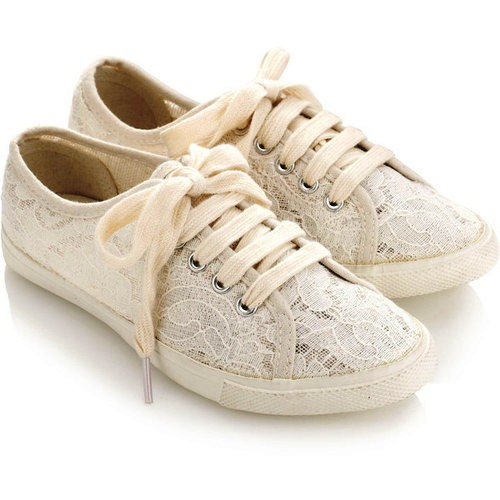 lace-shoes-sneakers-Favim.com-698878