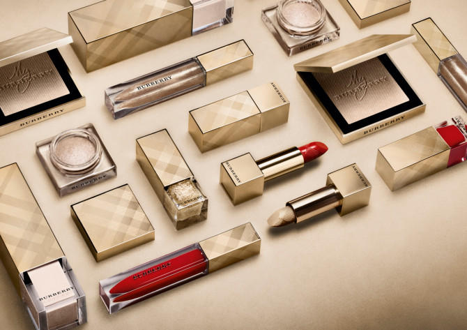 Burberry-Beauty-Holiday-2015-collection-670x473