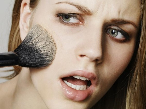 bad-makeup-tips-for-women-to-avoid