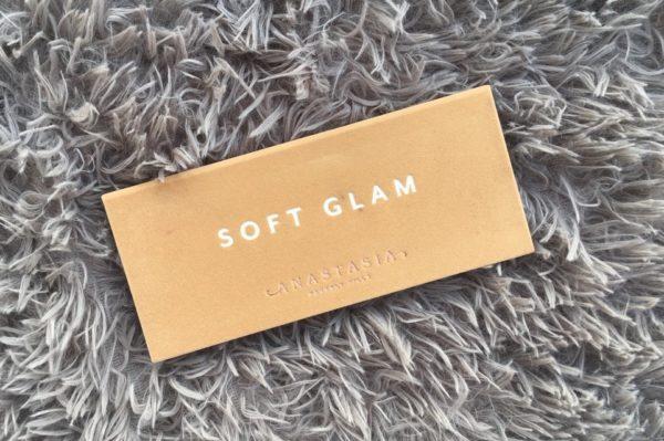 ABH Soft glam paleta