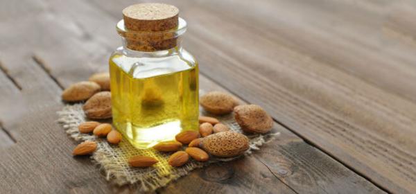 Bademovo ulje u borbi protiv suhe kože